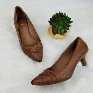 ALDO Brown Leather Kitten Heels